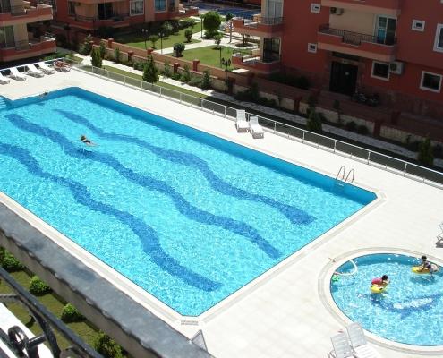 Swimmingpools i komplekset Alden II